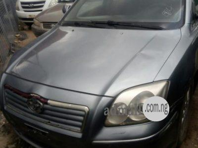 Toyota Avensis 2003 Blue