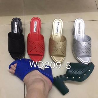 Gift store… Ladies shoes in wholesale prices
